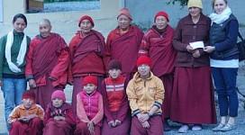 20120611_0992-nuns-cheque